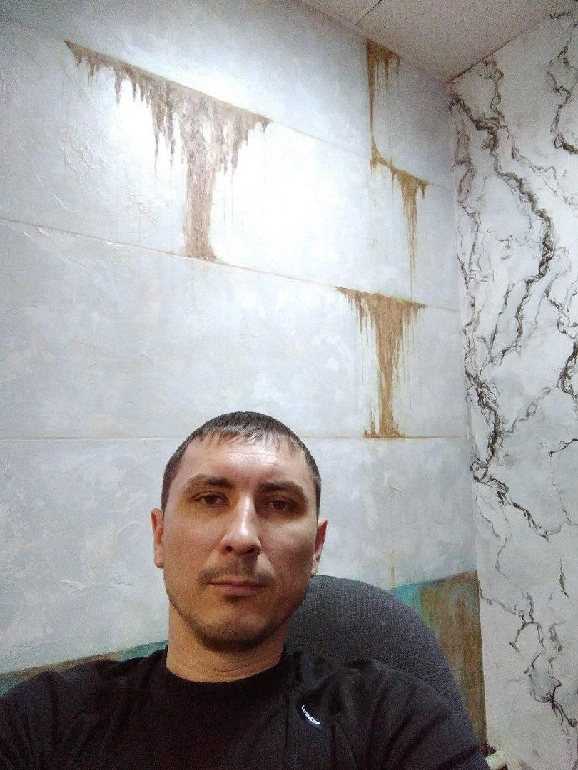 Иван(гл. специалист-монтажник)